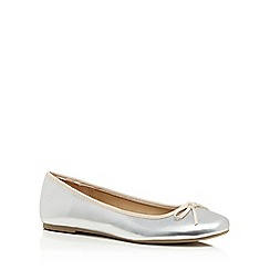 The Collection - Silver 'Ciara' ballet pumps