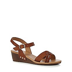 Mantaray - Tan 'Maddie' ankle strap sandals