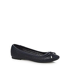 Mantaray - Navy 'Melissa' flat pumps