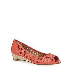 Mantaray - Coral 'Mandy' mid wedge heel peep toe shoes