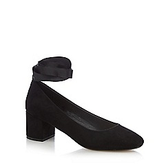 Red Herring - Black mid block heel court shoes