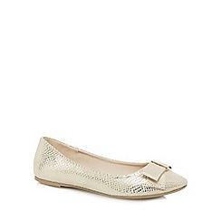 Red Herring - Gold snakeskin-effect bow appliqu  slip-on shoes