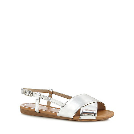 Red Herring - Silver +Hugh+ wide fit slingback sandals