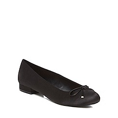 Call It Spring - Black satin 'Desarro' pumps