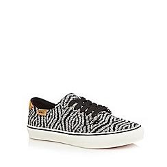 Vans - Black 'Camden' stripe lace-up trainers