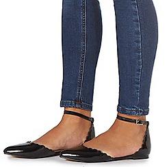 Faith - Black patent 'Ari' pointed shoes