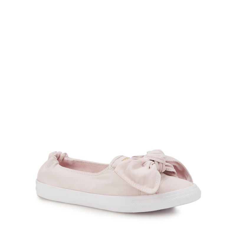 CONVERSE | Converse - Light Pink 'Chuck Taylor All Star' Slip-On Trainers | Goxip