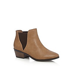Call It Spring - Dark tan 'Moillan' low Chelsea boots