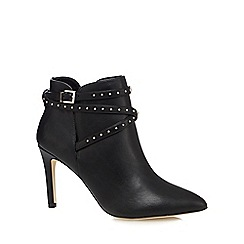 Call It Spring - Black 'Devia' high pointed boots