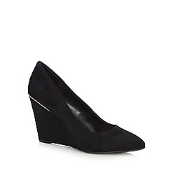Call It Spring - Black 'Woiria' high wedge shoes