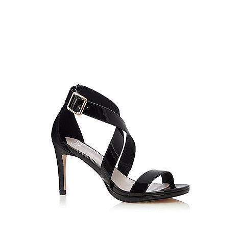 Faith - Black patent +Daisy+ crossover sandals