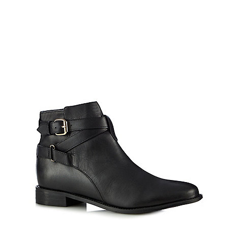 Faith - Black leather +Brogan+ ankle boots