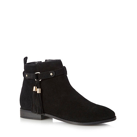 Faith - Black +Bibby+ tasselled ankle boots