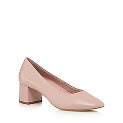 Faith - Light pink 'Cassidy' low court shoes