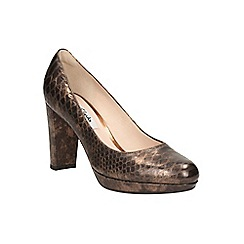 Clarks - Bronze 'Kendra Sienna' heeled court shoe