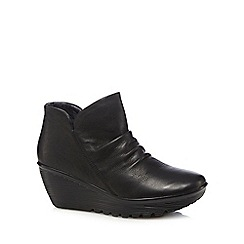 Skechers - Black leather mid wedge boots