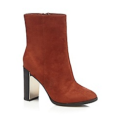 Call It Spring - Red 'Umlalazi' suedette black heel boots