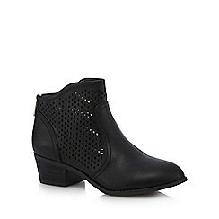 Call It Spring - Black 'Calewia' mid block heel ankle boots