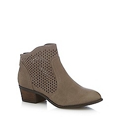 Call It Spring - Tan 'Calewia' mid block heel ankle boots