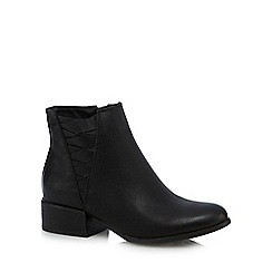 Call It Spring - Black 'Onillan' mid block heel ankle boots