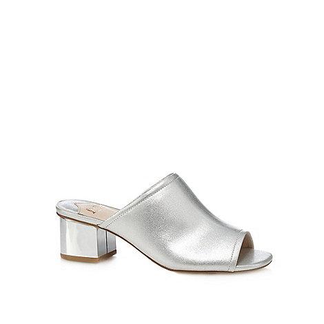 Faith - Silver +Dolly+ mid block heel mules