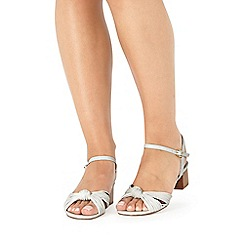 Faith - White 'Delight' sandals