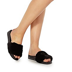 Faith - Black 'Jeffery' sandals