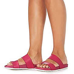 Faith - Bright pink leather 'Joleen' flip flops