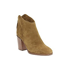 Clarks - Tan Suede LORA LANA ankle boot