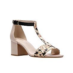 Clarks - Nude Pink Combi'  BARLEY BELLE'  Sandals