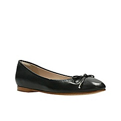 Clarks - Black Leather'  GRACE LILY'  Pumps