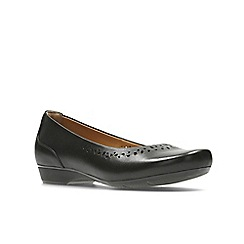 Clarks - Black leather' blanche garryn' pumps