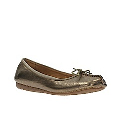 Clarks - Bronze leather' freckle ice' pumps
