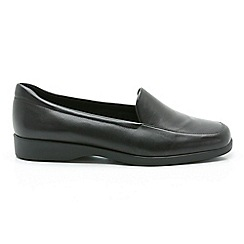 Clarks - Black leather georgia slip-on shoes