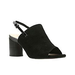 Clarks - Black Sde' AMALI GROOVE' Sandals