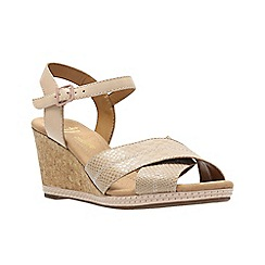 Clarks - Nude leather ' helio latitude ' wedges