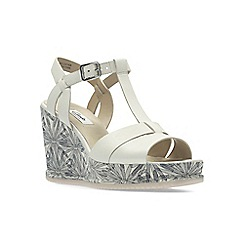 Clarks - White Leather' ADESHA RIVER' Sandals