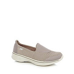Skechers - Grey 'SKX Go Walk 4' slip on trainers