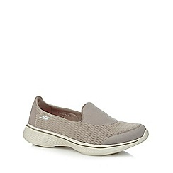 Skechers - Taupe 'Pursuit' slip-on trainers