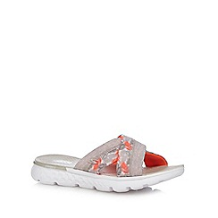 Skechers - Multi-coloured 'On The Go' sandals