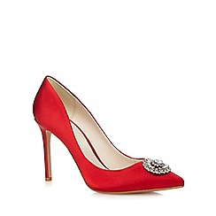 No. 1 Jenny Packham - Red 'Paola' sateen embellished high court shoes