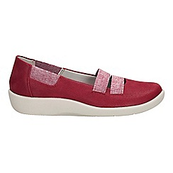 Clarks - Cherry 'sillian rest' slip-on