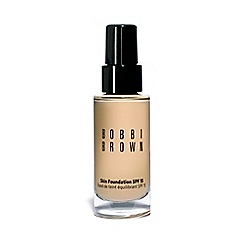 Bobbi Brown - Skin Foundation SPF 15