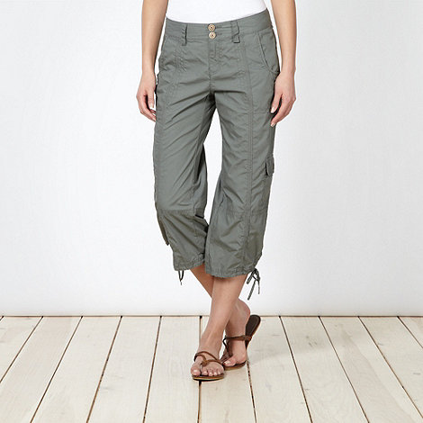 Mantaray - Khaki cropped cargo trousers
