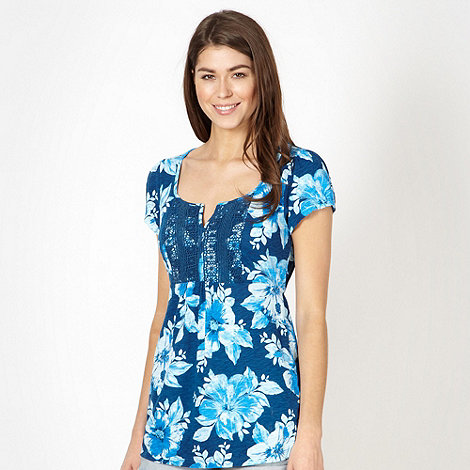 Mantaray - Navy floral lace front top