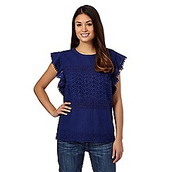 Mantaray - Navy ruffle side top