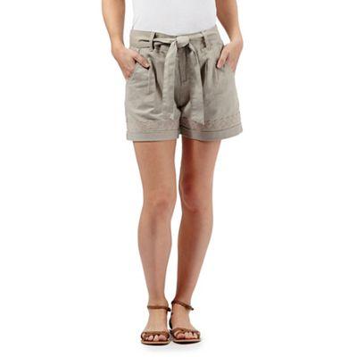 Mantaray Taupe linen shorts