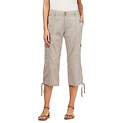 Mantaray - Light grey cropped cargo trousers