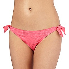Mantaray - Pink textured Aztec-inspired bunny tie bikini bottoms