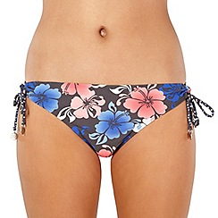 Mantaray - Dark grey shadow hibiscus flower bikini bottoms